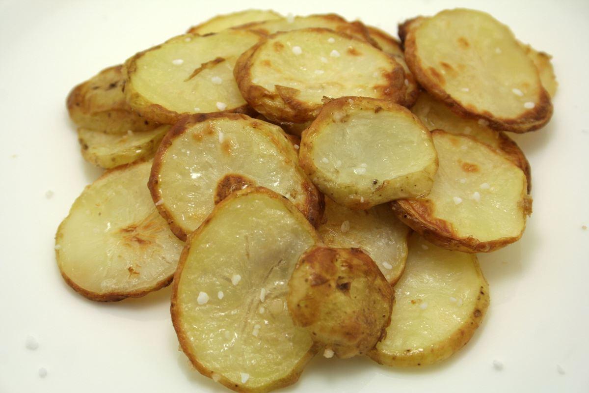 opskrift på ovnstegte kartofler