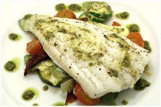 Torsk med pesto og grønsager