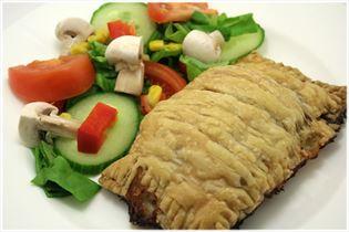 Indbagt oksefars med salat