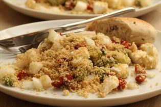 Couscoussalat med feta og soltørrede tomater