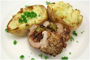 Svinemørbrad med fyldte kartofler