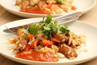 Teriyakikylling med ris og peberfrugt