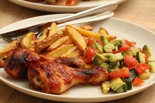 Barbecue kyllingelår med tomatsalsa