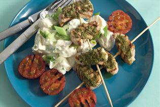 Grillstegte skinkespid med pesto og grill-tomater