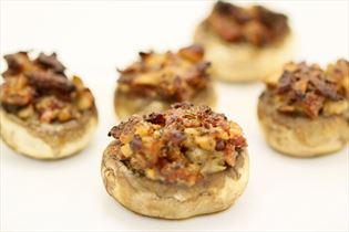 Fyldte champignon med bacon og flødeost