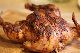 Langtidsstegt kylling i øl på grill