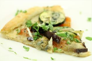 Vegetarpizza med gorgonzola