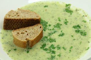 Squashsuppe med hvidløgsost