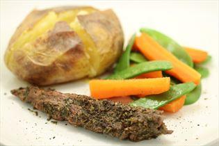 Grillet lammemørbrad med bagte kartofler