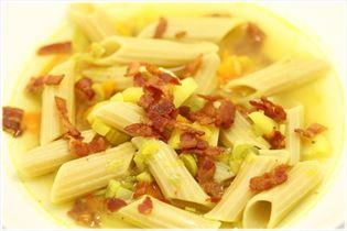 Vintersuppe med porre og pasta