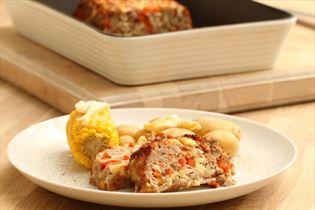 Ostefarsbrød med kartofler og majskolber