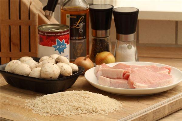 Koteletter i fad med ris (grundopskrift)