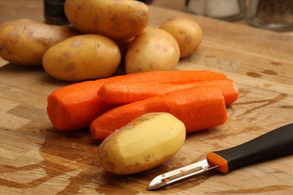 Andebryst med glaserede grønsager