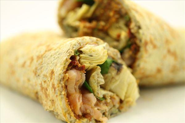 Grov pandekage med fisk og grøntsager