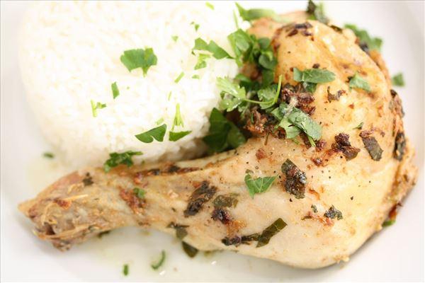Krydret kylling med persille og hvidløg