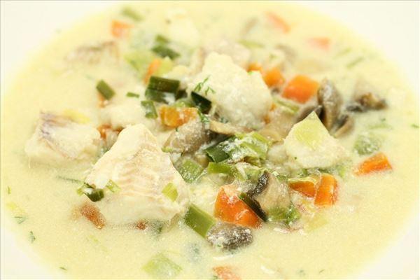 Fiskesuppe d´ luxe med grønsager