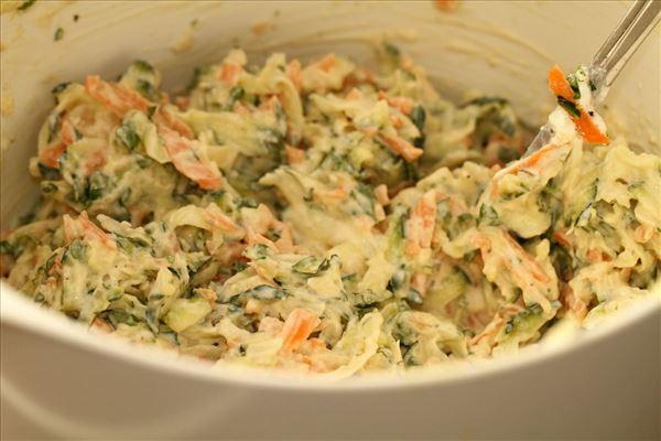 salat af courgetter